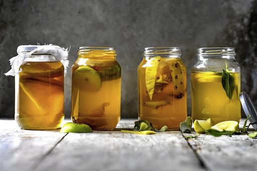 Does Kombucha Tea Live up to the Health Claims?