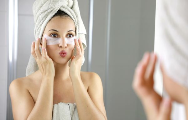 Age in Reverse: How to Get Younger Looking Skin